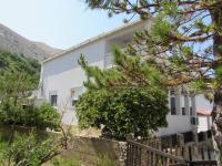 dům je v klidné zeleni - Prodej domu v osobním vlastnictví 210 m², Pag