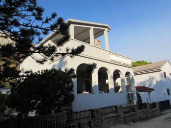 Fantastická vila Petrovič Pag Bošana 32 - Prodej domu v osobním vlastnictví 210 m², Pag