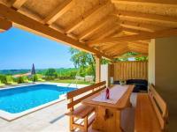 Prodej domu v osobním vlastnictví 320 m², Marčana