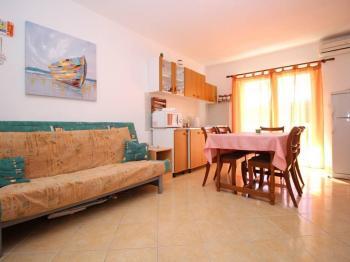 Prodej bytu 3+kk v osobním vlastnictví 44 m², Novi Vinodolski
