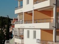 nová budova (Prodej bytu 3+kk v osobním vlastnictví 79 m², Pakoštane)