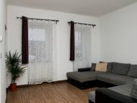 pohled od kuch.linky - Prodej bytu 2+kk v osobním vlastnictví 50 m², Cheb