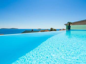 pohádkově fantastický bazén - Prodej domu v osobním vlastnictví 410 m², Rogoznica