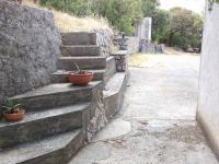 přístup na malou zahrádku - Prodej domu v osobním vlastnictví 170 m², Sibinj Krmpotski