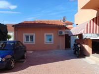 samostatný domeček a apartmánem - Prodej domu v osobním vlastnictví 235 m², Vodice