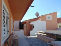 terasa před budoucím bazénem - Prodej domu v osobním vlastnictví 235 m², Vodice