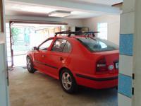 hodně prostorná garáž - Prodej domu v osobním vlastnictví 180 m², Karlovy Vary