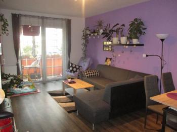 obývák - Prodej bytu 3+1 v osobním vlastnictví 81 m², Klatovy