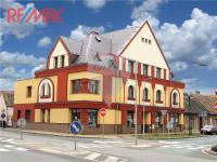 Prodej nájemního domu 969 m², Přelouč