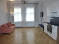 Pronájem bytu 2+kk v osobním vlastnictví 48 m², Praha 2 - Vinohrady