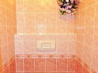wc u dětských pokojů (Prodej bytu 5+kk v osobním vlastnictví 165 m², Říčany)