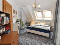 Ložnice (Prodej bytu 5+kk v osobním vlastnictví 165 m², Říčany)