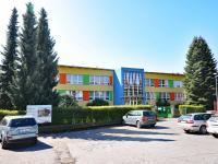 školka  (Prodej bytu 5+kk v osobním vlastnictví 165 m², Říčany)