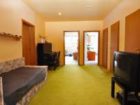 hala  (Prodej bytu 5+kk v osobním vlastnictví 165 m², Říčany)
