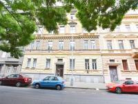Prodej bytu 3+1 v družstevním vlastnictví 100 m², Praha 8 - Karlín