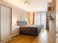 2. pokoj (Prodej bytu 2+kk v osobním vlastnictví 86 m², Praha 7 - Holešovice)