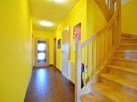 Chodba v přízemí (Prodej domu v osobním vlastnictví 170 m², Větrušice)