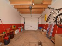 Garáž (Prodej domu v osobním vlastnictví 170 m², Větrušice)