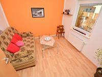 2. pokoj v přízemí (Prodej domu v osobním vlastnictví 170 m², Větrušice)