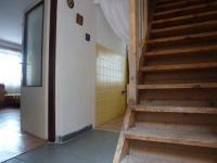 Předsíň (Prodej domu v osobním vlastnictví 82 m², Bystřice)