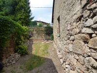 Zahrada (Prodej domu v osobním vlastnictví 82 m², Bystřice)