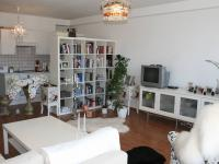 Pohled od lodžie. (Prodej bytu 2+kk v osobním vlastnictví 70 m², Praha 9 - Vysočany)