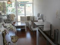 Pohled od kuchyně. (Prodej bytu 2+kk v osobním vlastnictví 70 m², Praha 9 - Vysočany)