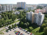 Unikátní otevřený výhled z oken bytu! (Prodej bytu 2+kk v osobním vlastnictví 40 m², Praha 8 - Troja)