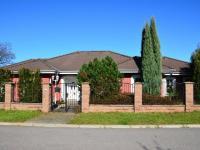 Prodej domu v osobním vlastnictví, 198 m2, Jirny