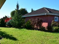 Zahrada (Prodej domu v osobním vlastnictví 198 m², Jirny)