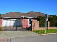 Prodej domu v osobním vlastnictví 198 m², Jirny