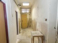 chodba sklep (Prodej domu v osobním vlastnictví 380 m², Praha 6 - Břevnov)