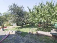 zahrada (Prodej domu v osobním vlastnictví 380 m², Praha 6 - Břevnov)