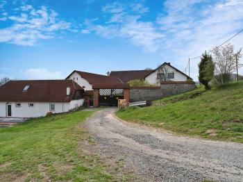 Prodej zemědělského objektu 1409 m², Radíč