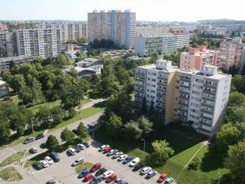 Unikátní otevřený výhled z oken bytu! - Prodej bytu 2+kk v osobním vlastnictví 40 m², Praha 8 - Troja