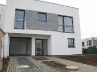 Pronájem domu v osobním vlastnictví 145 m², Praha 9 - Vinoř