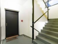 Schodištš - Prodej bytu 3+kk v osobním vlastnictví 108 m², Praha 10 - Malešice