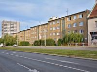 Pohled na dům z Evropské ul. - Prodej bytu 3+1 v osobním vlastnictví 87 m², Praha 6 - Dejvice
