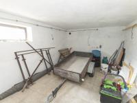 garáž - Prodej domu v osobním vlastnictví 430 m², Jihlava