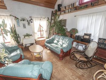 obývací ppokoj - Prodej domu v osobním vlastnictví 182 m², Běštín