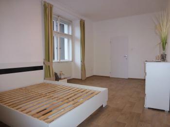 Pronájem bytu 2+kk v osobním vlastnictví 38 m², Praha 10 - Uhříněves