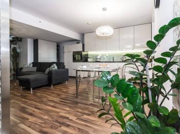 Prodej bytu 2+kk v osobním vlastnictví, 140 m2, Praha 10 - Vinohrady