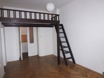 1. pokoj - Pronájem bytu 2+kk v osobním vlastnictví 43 m², Praha 7 - Holešovice