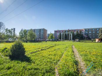 Prodej pozemku 1000 m², Slaný