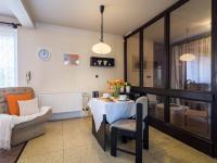 Jídelní kout - Prodej domu v osobním vlastnictví 125 m², Nové Strašecí