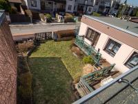 Pohled do zahrady - Prodej domu v osobním vlastnictví 125 m², Nové Strašecí
