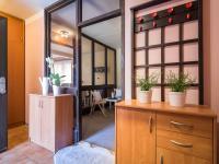 Vstupní zádveří - Prodej domu v osobním vlastnictví 125 m², Nové Strašecí