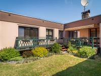 Zahrada u domu - Prodej domu v osobním vlastnictví 125 m², Nové Strašecí