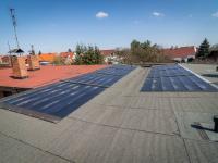 Fotovoltaická elektrárna na střeše - Prodej domu v osobním vlastnictví 125 m², Nové Strašecí