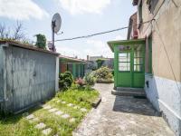 Pohled na vstup dp dpmu (Prodej domu v osobním vlastnictví 127 m², Kladno)